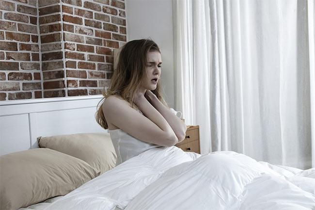 неправильное расположение кровати